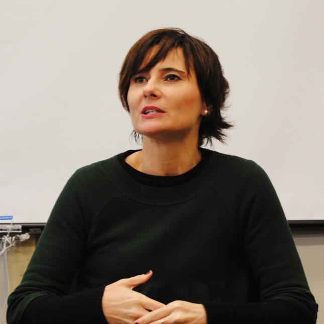 A jornalista-escritora-documentarista Eliane Brum deixou sua lista de tarefas de lado para participar da 4ª edição de Encontros Poéticos. Hoje!